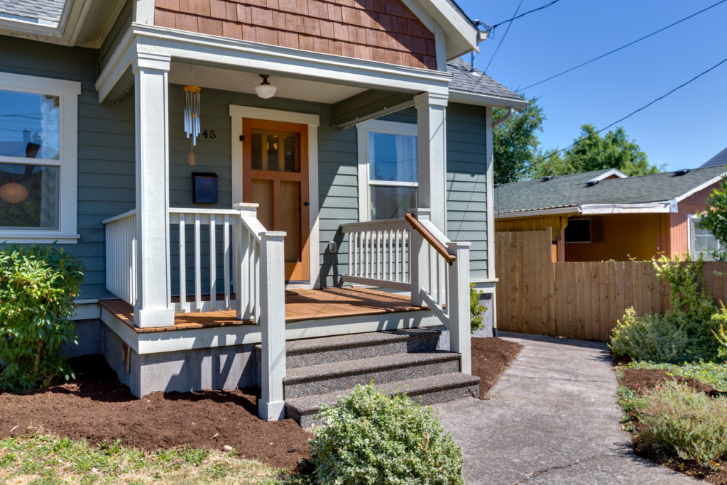 Sold by Lauren Dahl in Woodlawn, NE Portland